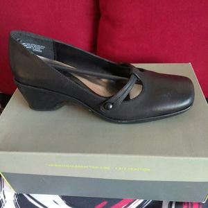 Kenneth Cole Reaction Move On Pump
